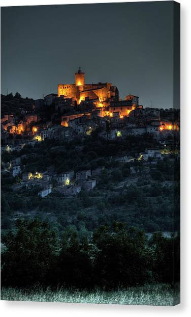 Capestrano Abruzzo Italy Canvas Print by Tom  Doherty