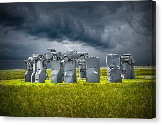 Car Henge In Alliance Nebraska After England's Stonehenge Canvas Print