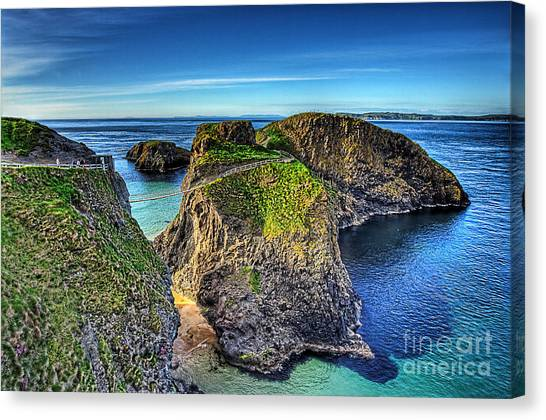 Carrick-a-rede Rope Bridge Canvas Print by Kim Shatwell-Irishphotographer