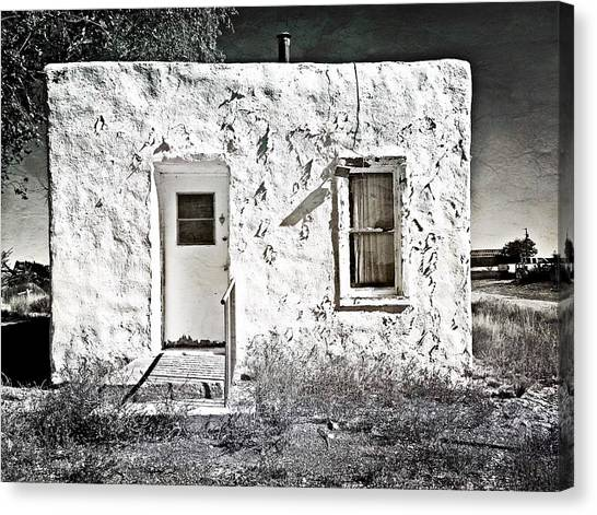 Casa De Blanco Canvas Print