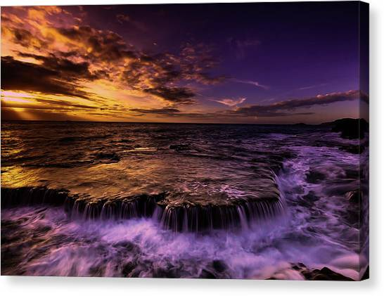 Sunrise Horizon Canvas Print - Cascading Beauty by Pixabay