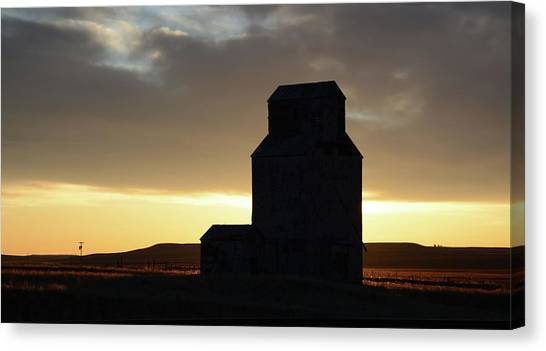 Prairie Sunrises Canvas Print - Castles Of The Farmlands by Whispering Peaks Photography