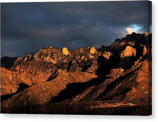 Catalina Sunset Canvas Print by Robert Ashbaugh