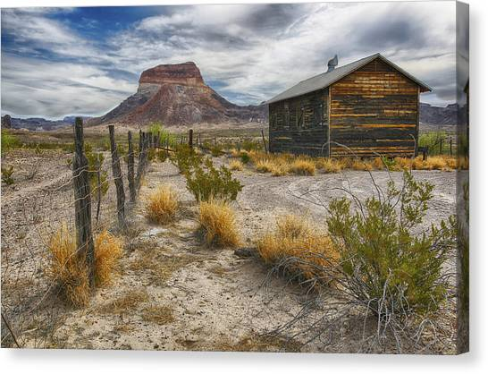 Cerro Castellan - Big Bend - Color Canvas Print