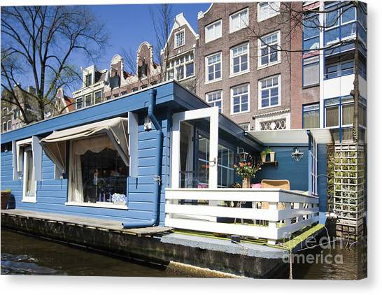 Channels Of Amsterdam Canvas Print by Andre Goncalves