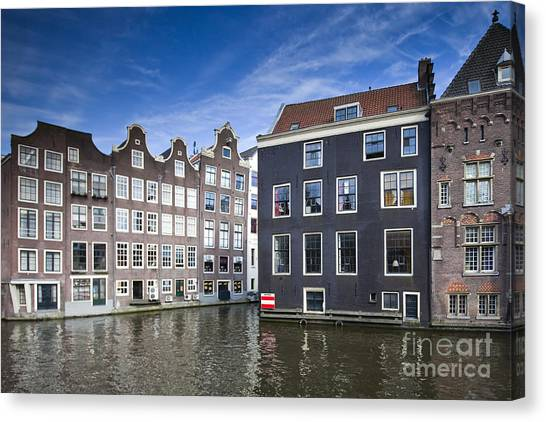 Channles Of Amsterdam Canvas Print by Andre Goncalves