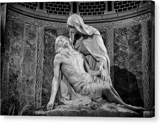 Chapel Of The Pieta 2 Canvas Print