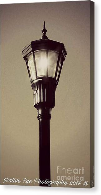 Canvas Print - Charleston Morning Streetlight by Lisa Marie Towne