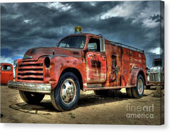 1948 Chevrolet Fire Truck Canvas Print