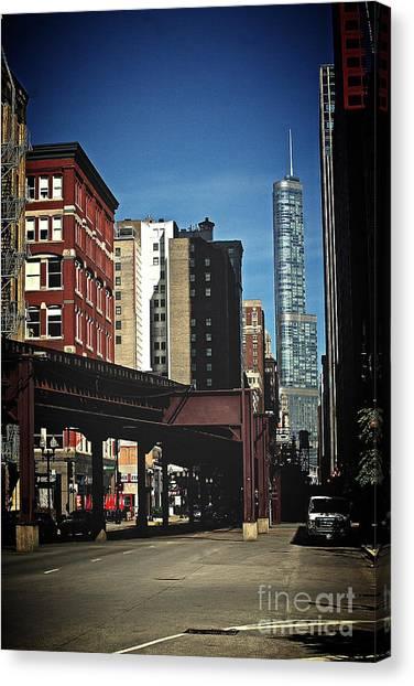 Chicago L Between The Walls Canvas Print