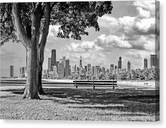 Chicago North Skyline Park Black And White Canvas Print