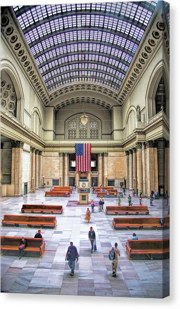 Amtrak Canvas Print - Chicago Union Station Grand Hall by Christopher Arndt