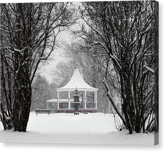 Christmas Season In The Park Canvas Print