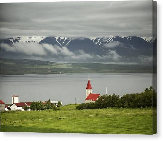 Church In Akureyri Canvas Print