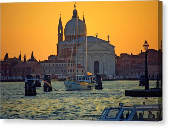 Church Of The Redentore In Venice Canvas Print by Michael Henderson