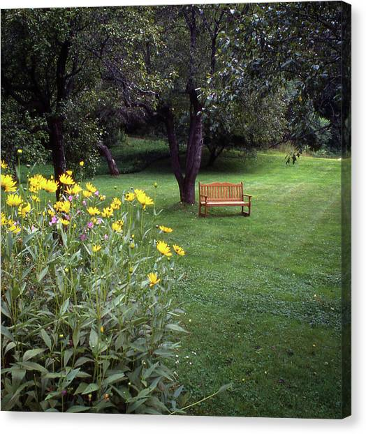 Canvas Print featuring the photograph Churchyard Bench - Woodstock, Vermont by Samuel M Purvis III