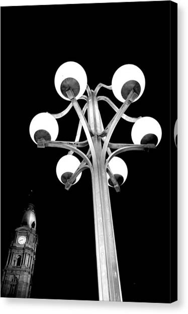 City Hall Lamp Canvas Print by Andrew Dinh