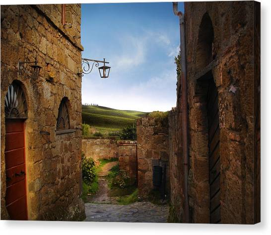 Civita Di Bagnoregio Canvas Print