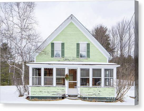Canvas Print featuring the photograph Classic New Englander Home by Edward Fielding