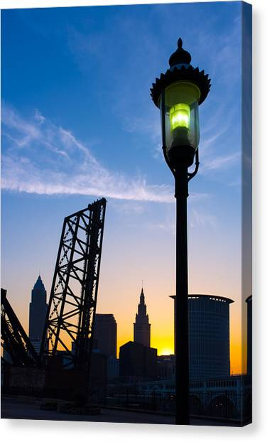 Cleveland Morning By The Lamp Post Canvas Print