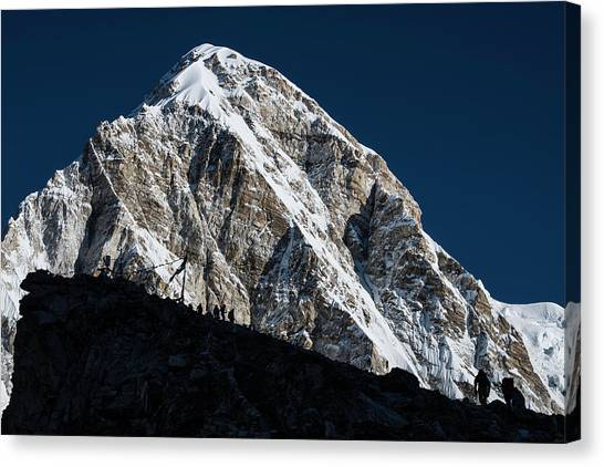 Canvas Print featuring the photograph Climb To Kala Patthar by Owen Weber