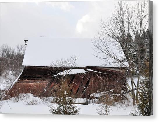 Collapsing Barn Near Saratoga Battlefield Canvas Print