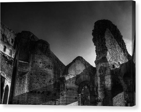 Coloseo 1 Canvas Print by Brian Thomson