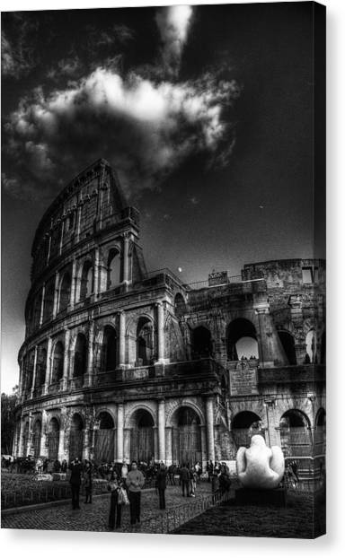 Coloseo 2 Canvas Print by Brian Thomson