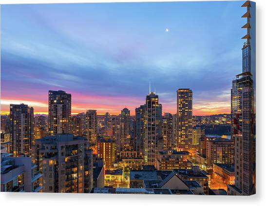 Canvas Print - Condominium Buildings In Downtown Vancouver Bc At Sunrise by David Gn