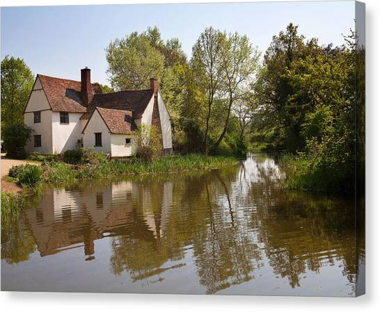 Constable Country The Hay Wain Canvas Print