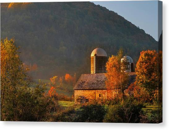 Country Mornings - West Pawlet Vermont Canvas Print
