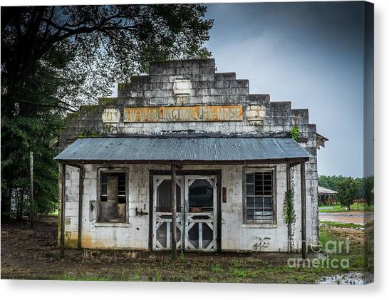 Canvas Print featuring the photograph Country Store In The Mississippi Delta by T Lowry Wilson
