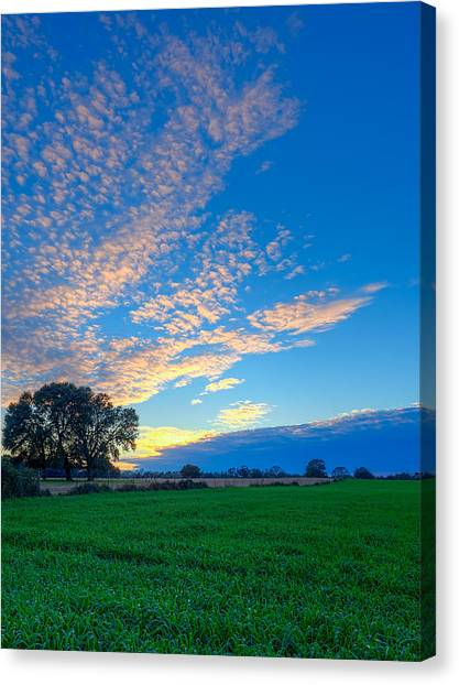 Countryside Dreams Canvas Print