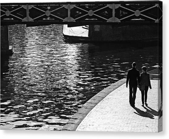 Canvas Print featuring the photograph Couple And Canal by Adrian Pym