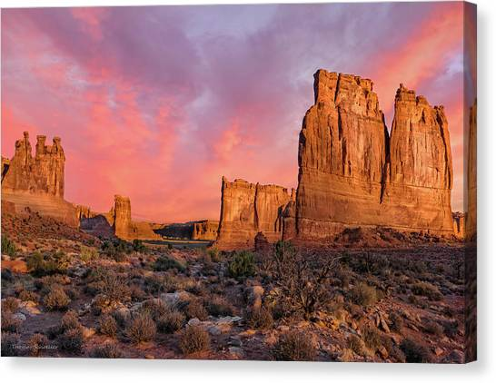 Courthouse Towers And Three Gossips Canvas Print by T-S Fine Art Landscape Photography