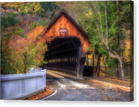 Covered Bridge In Autumn - Woodstock Vermont Canvas Print