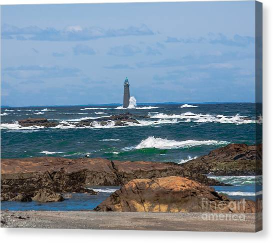 Crashing Waves On Minot Lighthouse  Canvas Print