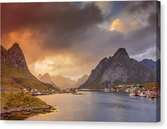 Crazy Sunset In Lofoten Canvas Print
