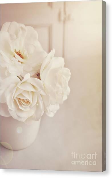 Cream Roses In Vase Canvas Print