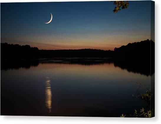 Crescent Moon Set At Lake Chesdin Canvas Print