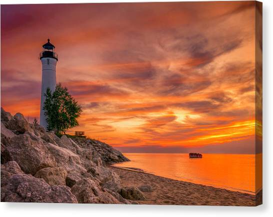 Crimson Crisp Point Canvas Print