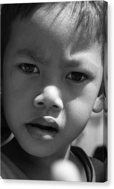 Curious Cambodian Child Canvas Print by Linda Russell