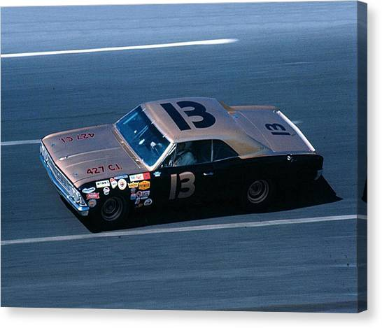 Daytona 500 Canvas Print - Curtis Turner # 13 Smokey Yunick Chevelle 1967 At Daytona by David Bryant
