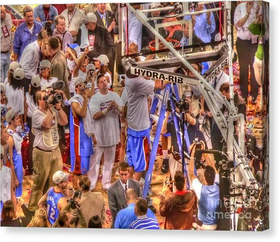 University Of Florida Canvas Print - Cutting The Nets by David Bearden