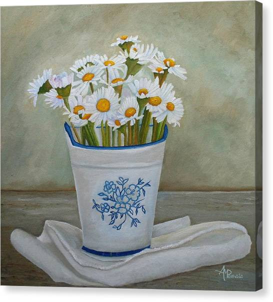 Daisies And Porcelain Canvas Print