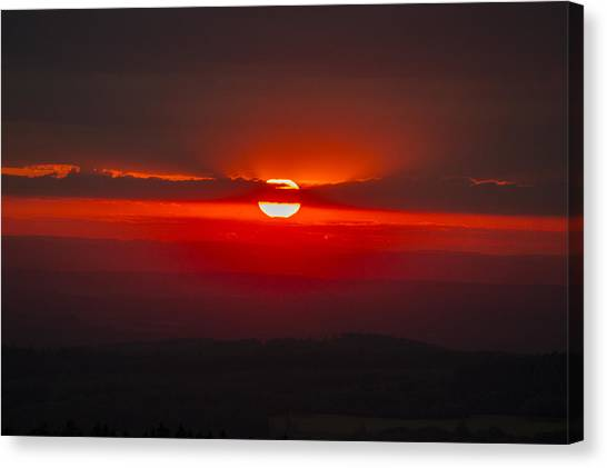 Dark Red Sun In Vogelsberg Canvas Print