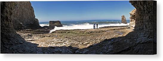 Davenport Panorama Canvas Print by Larry Darnell