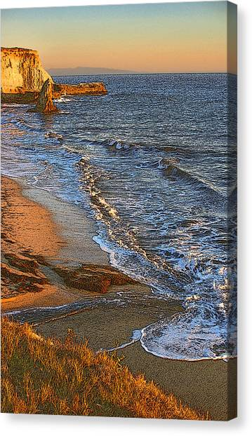 Davenport Sunset J Canvas Print by Larry Darnell