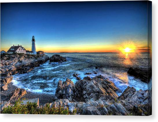 Dawn At Portland Head Lighthouse Canvas Print
