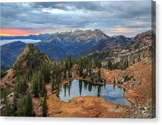 Dawn Glow At Silver Glance Lake. Canvas Print